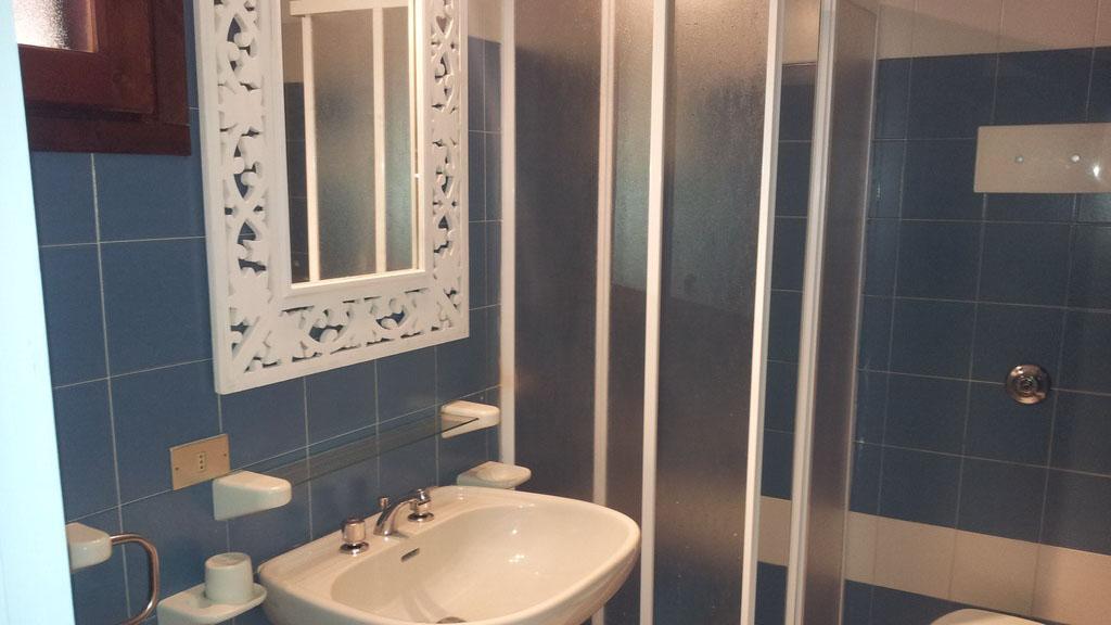 Residence San Teodoro 1 - Bagno appartamento monolocale