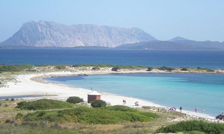 Spiaggia Isuledda San Teodoro